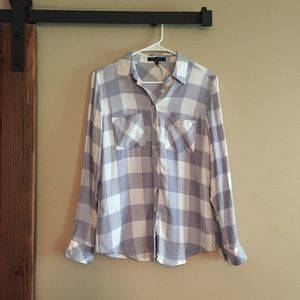Romeo & Juliet Couture Checkered Plaid Button Down